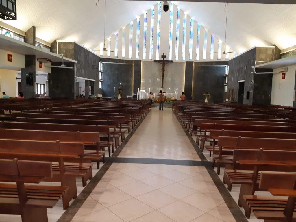 Ruang Dalam Gereja St. Theresia